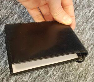 Dobbelt læder ID-kortholder lukket